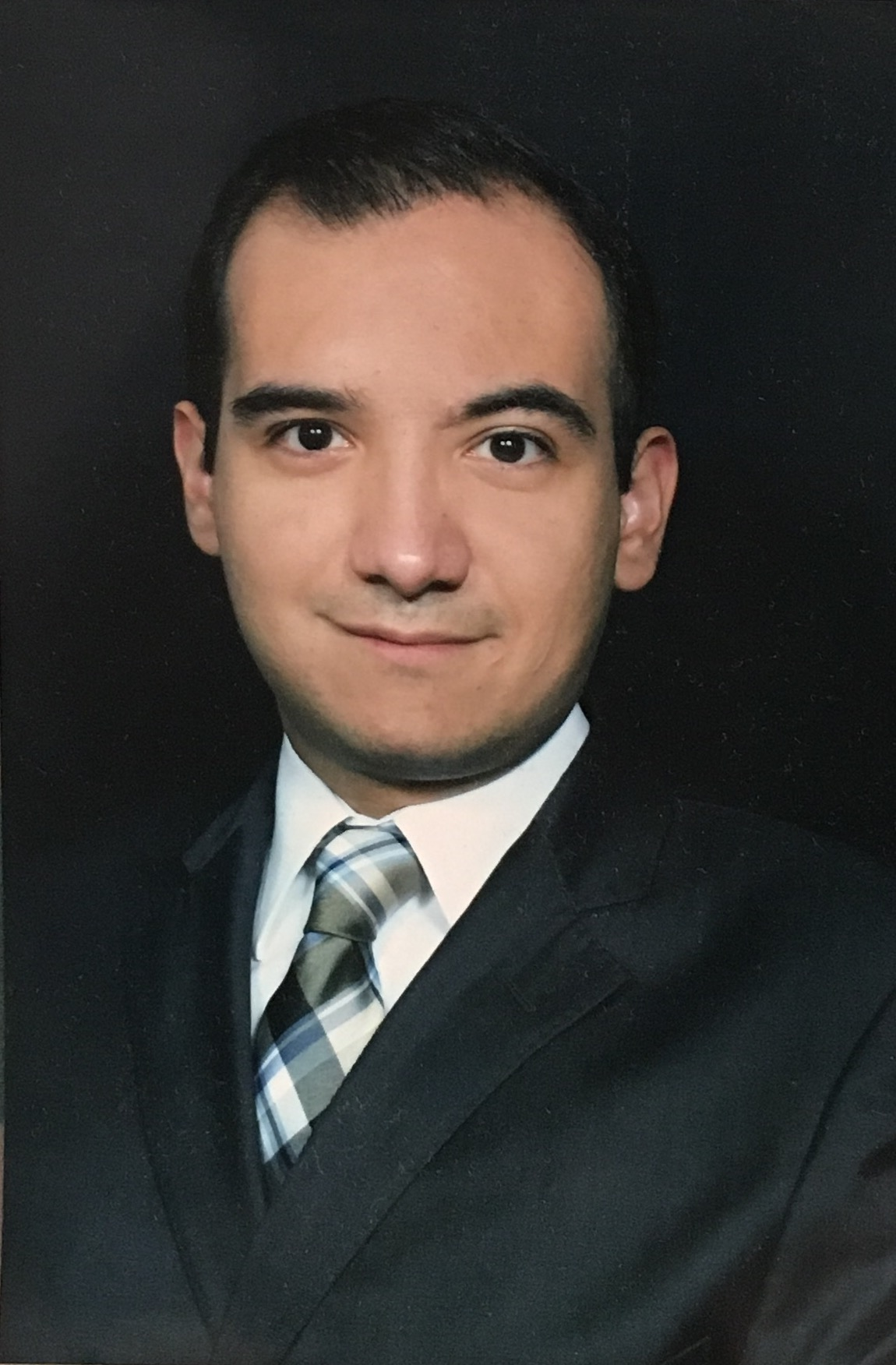 Dr. Edmundo Erazo